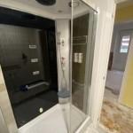 Cabina ducha en baño